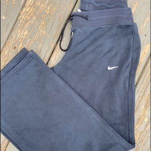 Nike drawstring pants black small
